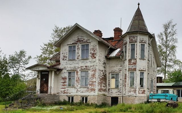 Lead Paint and Mold Property Management Advice